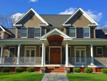 Best interior and exterior painting company in Worcester County, Massachusetts specializing in condominium complex painting services for multiple dwelling units.