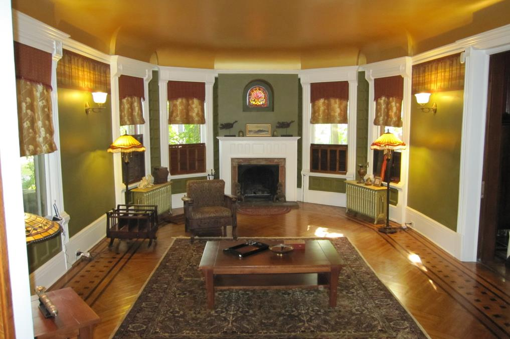 Living Room & Dining Room Remodeling Contractors in Worcester County, Massachusetts.